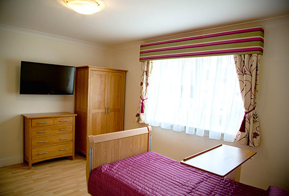 Larkhall Springs Bedroom